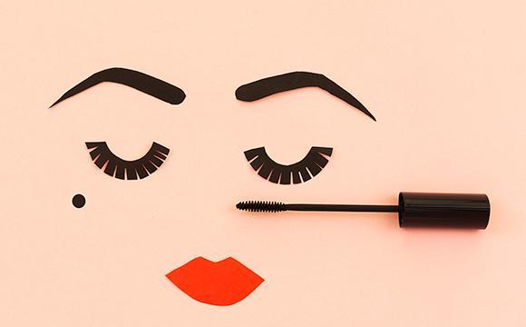 Тренды в макияже, уходе и ароматах 2019 года